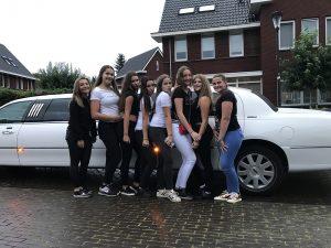 feest-verjaardag-limousine-huren-in2heaven