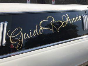 belettering-limousine-huwelijk